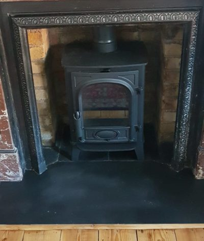Stovax Stove In Fireplace Chamber Image