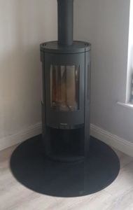 Henley G5 Granite Teardrop Hearth Image